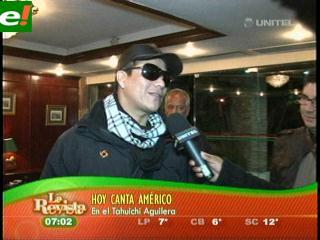 Américo festeja la amistad con cumbias en Santa Cruz