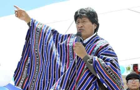 Evo-Morales-dice-que--algunos-gobiernos--piden-prestamos-a-Bolivia