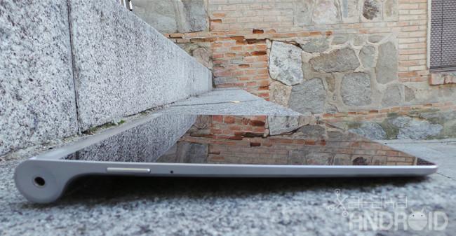 Lenovo Yoga Tablet perfil