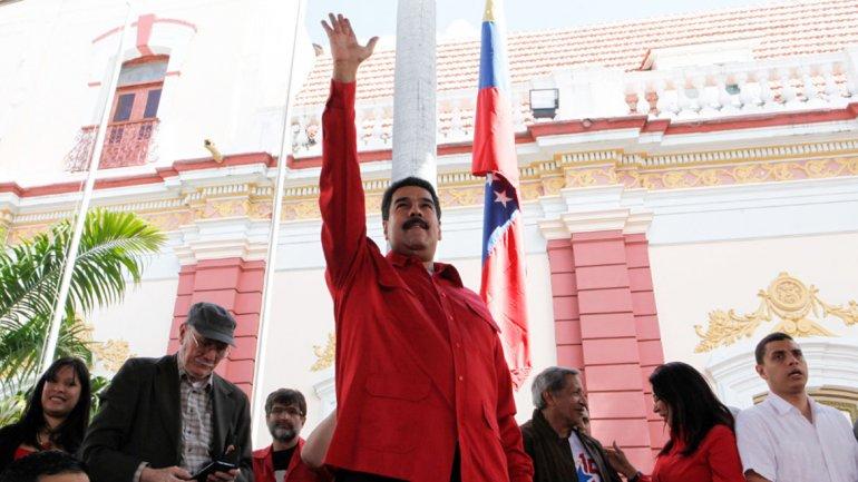 Maduro elogió la gestión del chavismo en estos últimos 15 años, y apuntó duramente contra la oposición