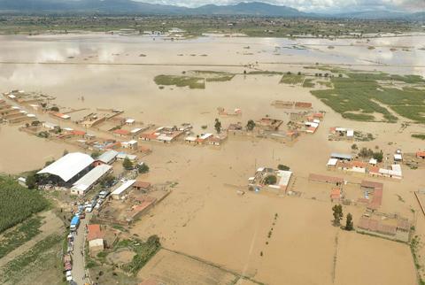 -Gobierno-garantiza-plan-de-reconstruccion-tras-los-desastres-por-lluvias