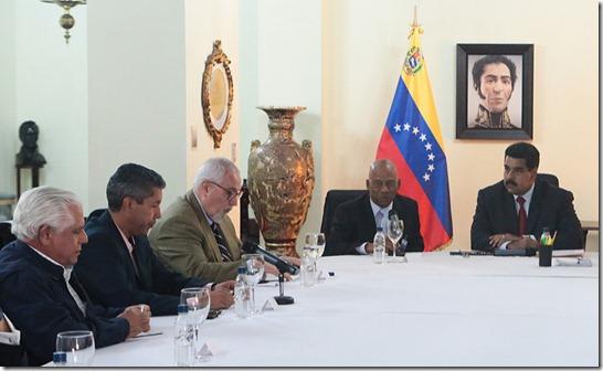 Maduro-Aveledo-980
