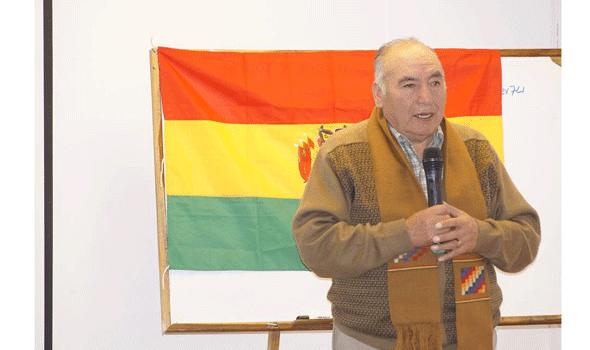 Presidente de la Asociación Nacional de Adultos Mayores, Carlos Loza.