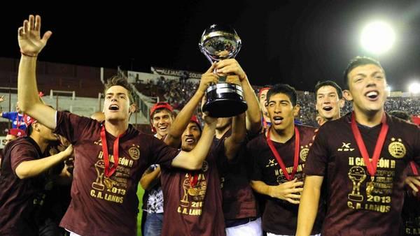 Lanus-festeja-Sudamericana-Marcelo-Carroll_CLAIMA20140723_0167_27