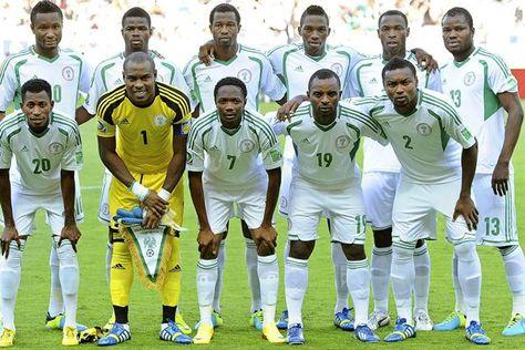 Nigeria-Solo-podemos-Foto-zonadeportivanet_LRZIMA20140612_0125_11