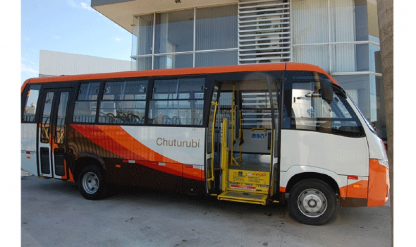 El nuevo modelo de buses será puesto en circulación desde el 1 de septiembre en homenaje al mes aniversario de Santa Cruz.