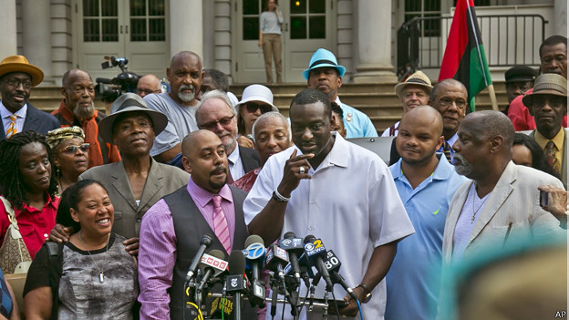 En la imagen, tres de los exonerados: Kevin Richardson, Yusef Salaam y Raymond Santana.