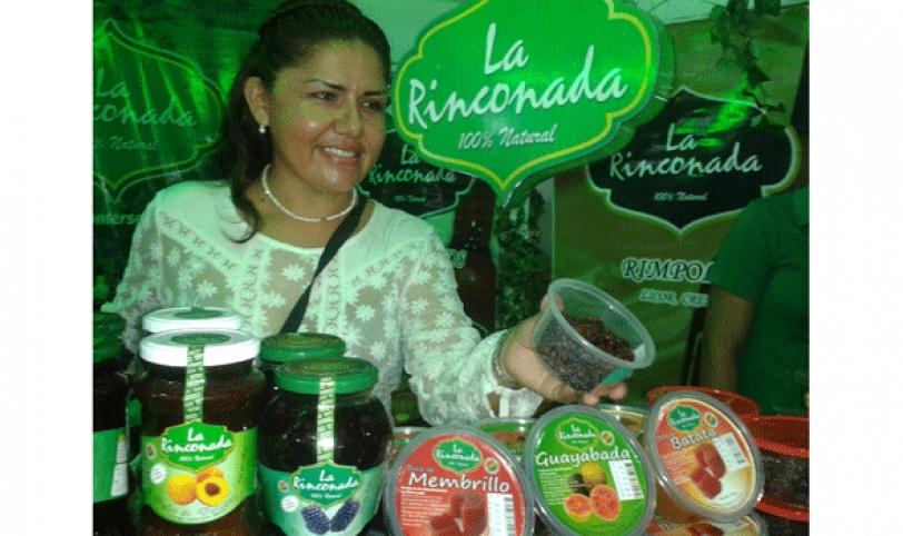 La Rinconada lanzó al mercado dos nuevos productos que se promocionan en la Expocruz 2014.