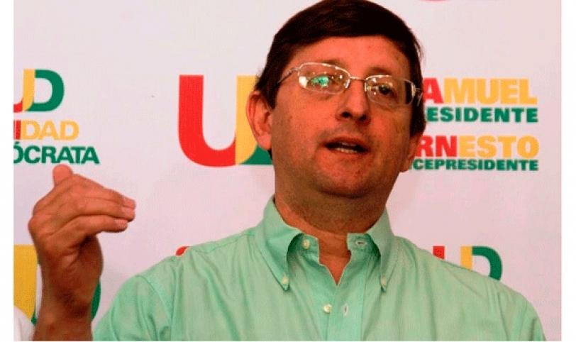 El candidato a senador de UD, Oscar Ortiz