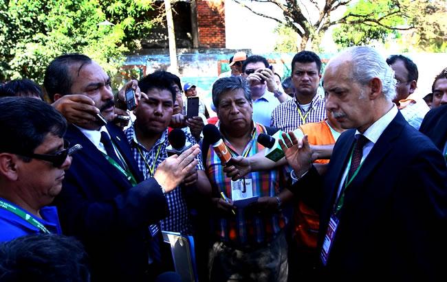 Carlos-Chavez-El-Deber1