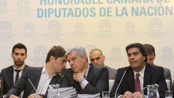 El ministro Kicillof juto a Dominguez y Capitanich presentan el presupuesto 2015. (Tony Gómnez / DyN)
