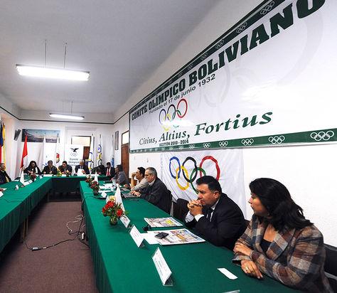 Reunion-Directivos-encuentro-Comite-Olimpico_LRZIMA20140917_0007_11