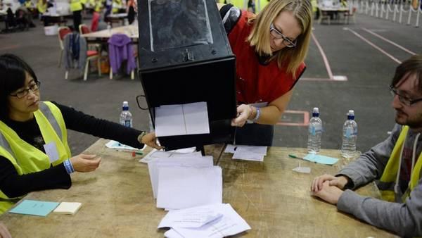 El recuento de votos comenzó apenas terminó la elección. /EFE
