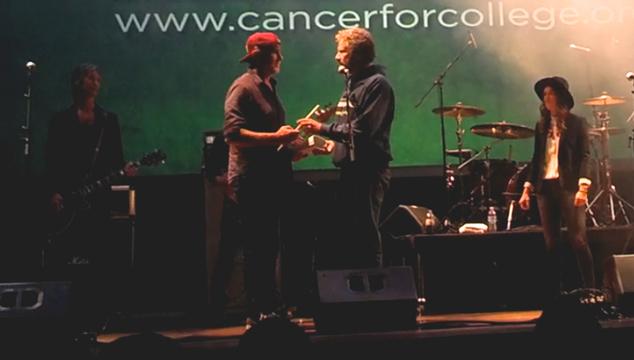 imagen Will Ferrell y el baterista de los Red Hot Chili Peppers volvieron a enfrentarse en un duelo de batería