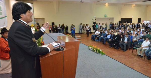 El presidente Evo Morales inauguró este martes en la ciudad de Santa Cruz la cumbre agropecuaria Sembrando Bolivia