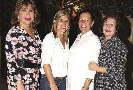 Martha Elena Vargas, 'Nany' Vargas, Patricia Saucedo y 'Chary' Mercado