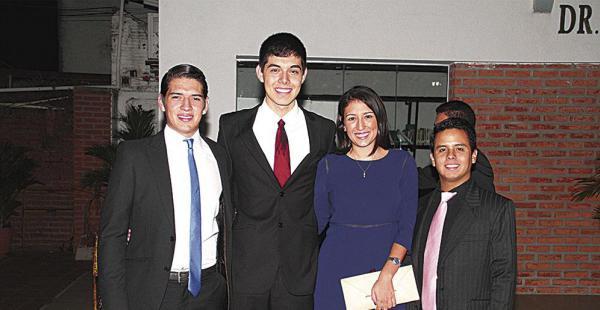El flamante presidente Rodolfo Herrera, junto con Nicolás Martínez, Javiera Alípaz y Ricardo Cardona