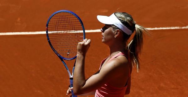Sharapova fue contundente de principio a fin. Cerró la primera manga por 6-1, en 34 minutos.