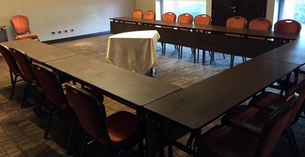 Esta será la sala de reuniones y conferencias de prensa de la selección boliviana para la Copa América Chile 2015, en el hotel Hilton Garden Inn Airport