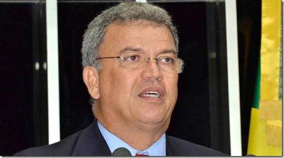 i_senador-brasileno-que-acoge-a-roger-pinto-en-su-casa-critica-visita-de-evo-al-acre