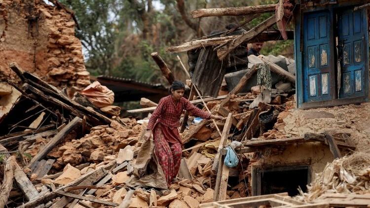 Los últimos terremotos desplazaron el eje de la Tierra, redujeron el día y la gravitación
