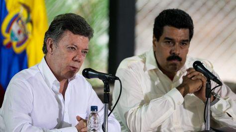 Los presidentes Manuel Santos y Nicolás Maduro durante un encuentro en 2013. Foto: Archivo