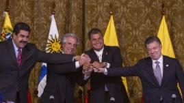 Acuerdo Colombia Venezuela para retorno de embajadores, por los Presidentes Santos y Maduro con mediación de Correa y Vázquez, en Quito