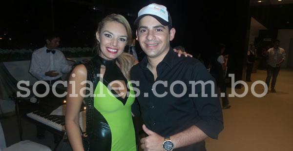 Jessica Suárez y Ronico Cuéllar acompañaron a la feliz pareja