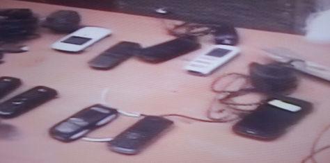 Parte de los celulares encontrados esta mañana en San Pedro. Foto: Captura de PAT