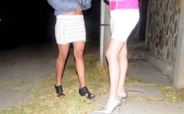 SOBREVIVIENTES. Adolescentes que fueron inducidas a violencia sexual comercial en un lenocinio de La Paz. -   Archivo La Prensa