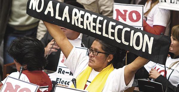 El MAS se impuso la madrugada del domingo y la oposición siente que cumplió con argumentar, discutir, debatir y hacer protesta