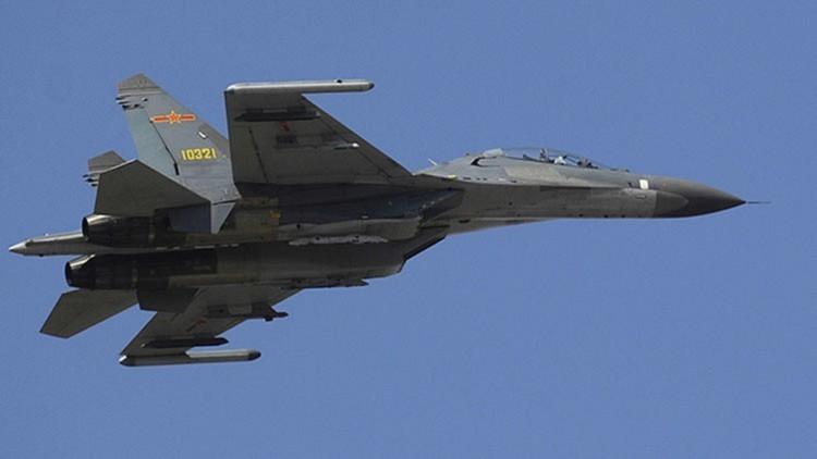 Batalla de cazas: ¿El chino J-11 o el estadounidense F-35?