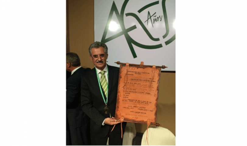 """JULIO RODA. Fue el personaje del año del sector ganadero. Se llevó el galardón nacional """"Cebú de Oro""""."""