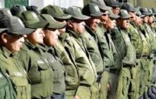 Esposas de policías en Oruro se declaran en emergencia y advierten con marchar hacia La Paz