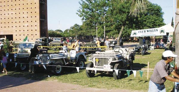 En 2010 se desarrollaron dos muestras en el Parque Urbano, donde se logró exhibir a un centenar de estos motorizados antiguos