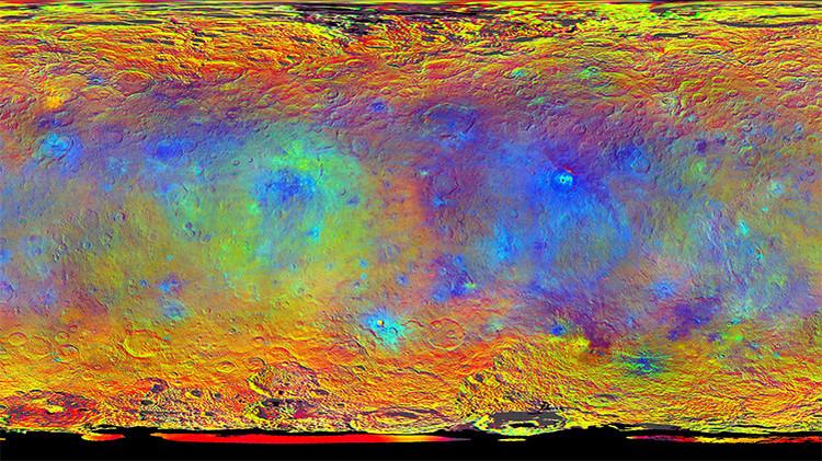 Mapa iluminado de Ceres creado a partir de las imágenes tomadas por la nave espacial Dawn entre agosto y septiembre de 2015.
