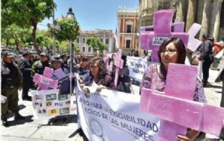 CIDEM: La mujer boliviana  cada vez es menos sumisa y sometida