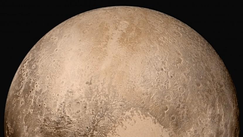 plu e1444389393547 NASA confirma que Plutón tiene un cielo azul y una superficie de agua helada