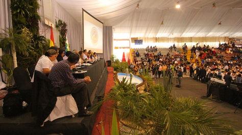 La II Conferencia de los Pueblos sobre Cambio Climático y Defensa de la Vida aprobó en la plenaria de cierre la 'Declaración de Tiquipaya', después de tres días de debates. Foto: ABI