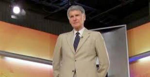 El periodista jesuita logró hablar por casi 45 minutos con el Canciller de Chile antes que la televisión estatal.