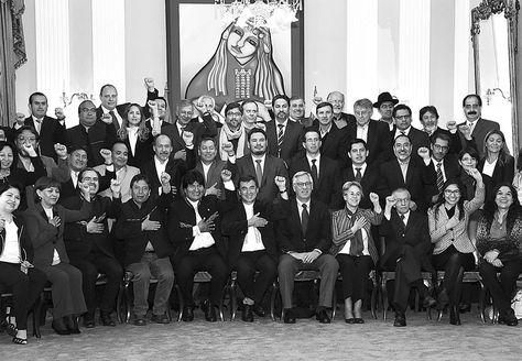 Cancillería. El presidente EvoMorales en la reunión que sostuvo ayer con los representantes del servicio exterior acreditados en 34 legaciones diplomáticas.