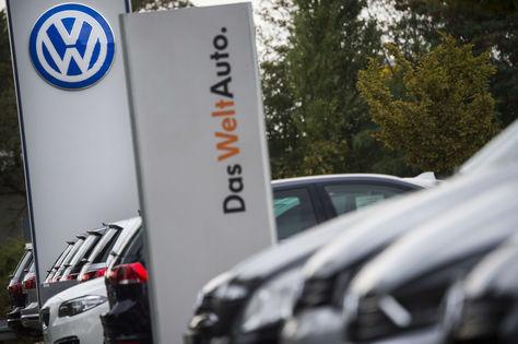 Un concesionario de vehículos de la gigante alemana Volkswagen. Foto: AFP