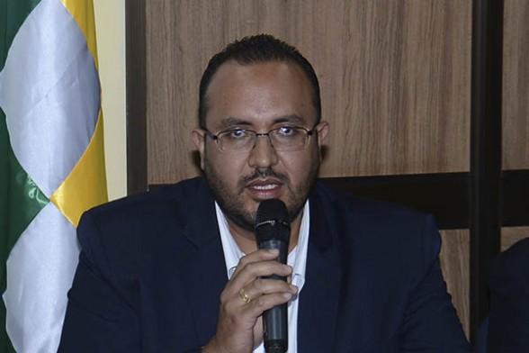 El ministro de Obras Públicas, Milton Claros. | Foto archivo -   Abi Agencia