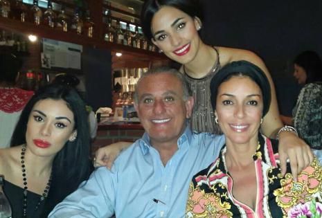 Con su familia. La asesora de imagen Lilibeth Quiroga,