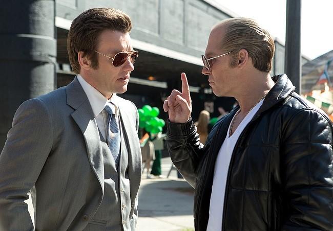 Joel Edgerton y Johnny Depp en 'Black Mass: Estrictamente Criminal'