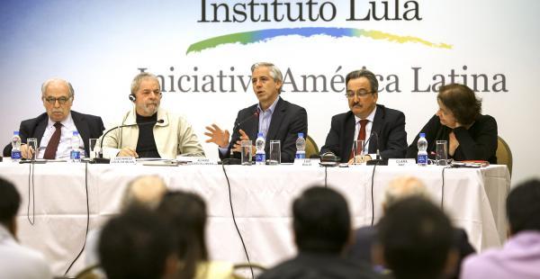 El segundo mandatario del país asistió a una invitación realizada por el Instituto Lula Da Silva.