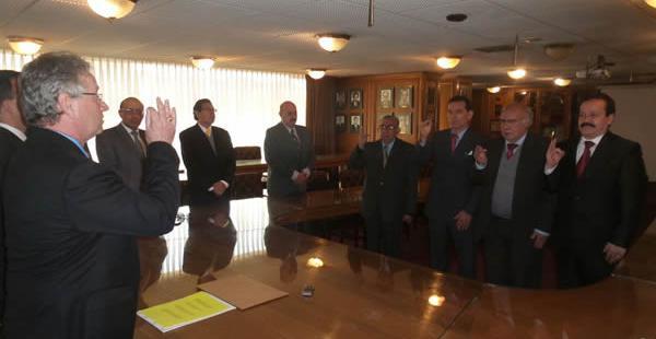El presidente de la Asociación Nacional de la Prensa de Bolivia fue el encargado de tomar juramento a los integrantes de esa instancia.