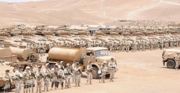 Las Fuerzas Armadas de Chile usarán, una vez más, el desierto de Atacama como escenario para sus ejercicios militares. La imagen corresponde a uno operativo realizado en 2011