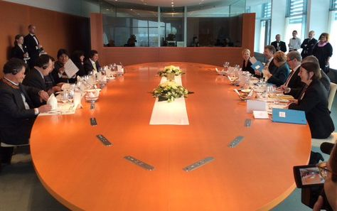 El presidente Evo Morales se encuentra en Alemania y se reunió con la canciller alemana Ángela Merkel. Foto: Ministerio de Comunicación.