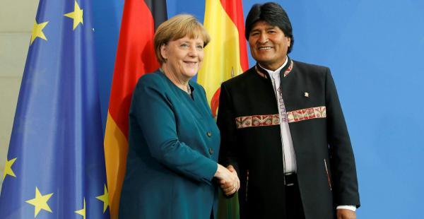 El mandatario mantuvo una reunión esta mañana con Ángela Merkel en Berlín